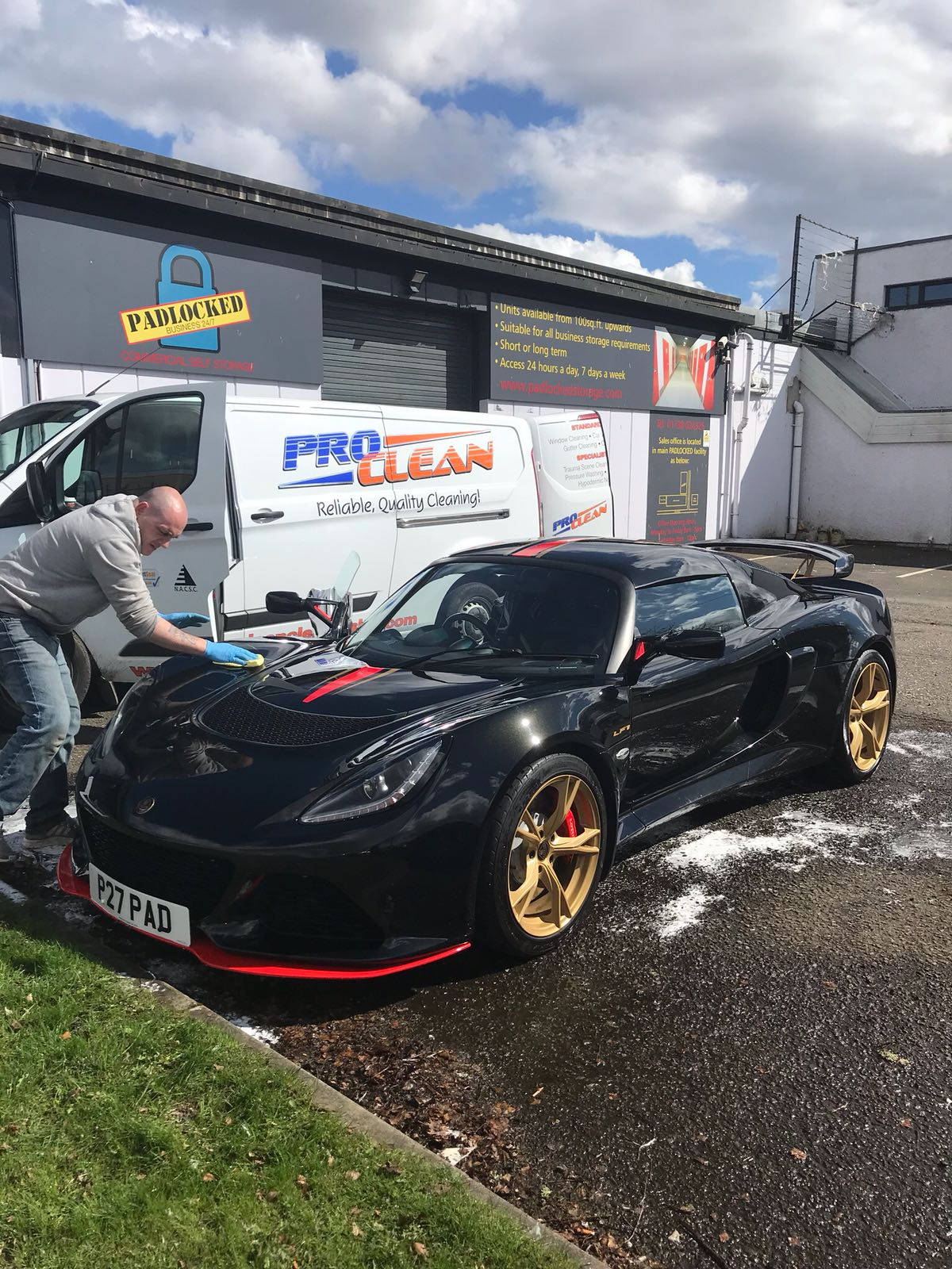 Pro Clean Car Wash >> Car Valeting Perth - Cleaning Services | ProClean Cleaners Ltd